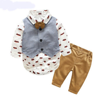 Stunning baby boys 3 piece outfit with fox design